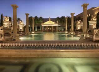 Caesars Palace – Neptune Pool